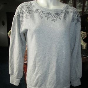 NWOT - AEO - Grey Stiched Sleeve Sweater Small